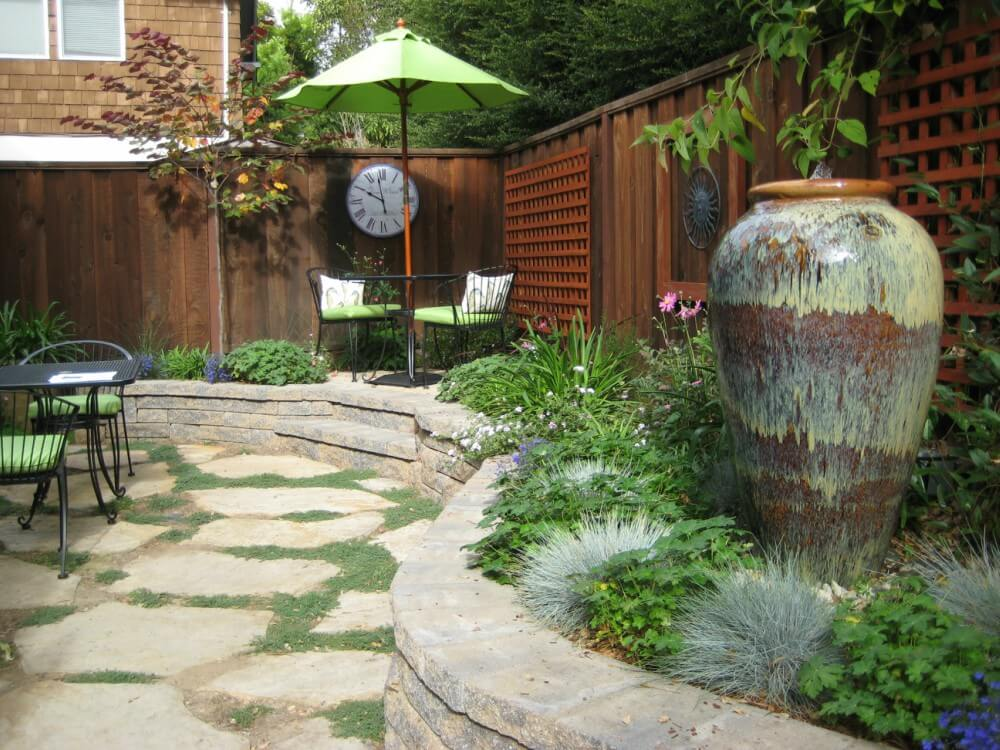 backyard landscape design tip